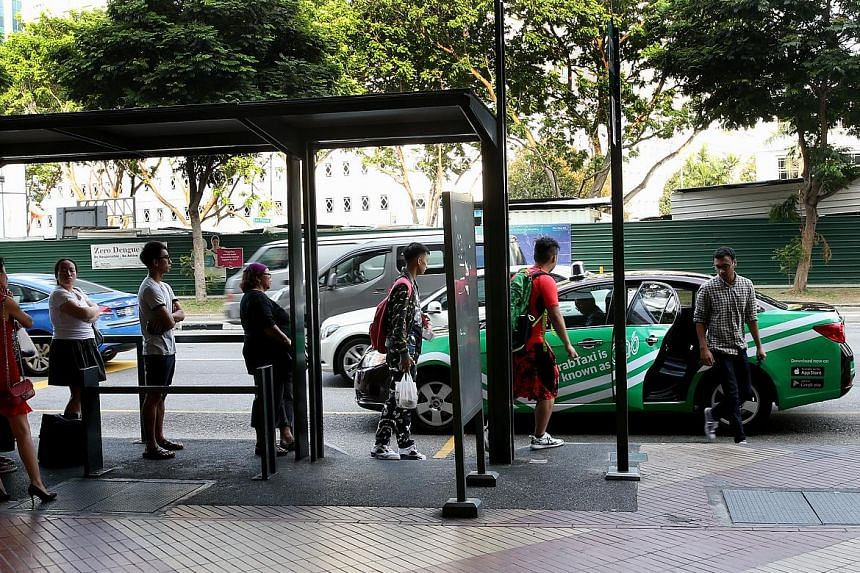 Among the 28 taxi stands which the LTA surveys on a monthly basis, 12 registered drops in waiting times of between 1 and 5 minutes last year. The average waiting times at 11 stands remained constant, while the situation has worsened at the remaining