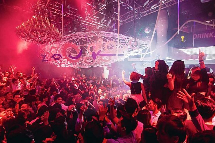 Zouk Singapore moved from seventh to sixth place on the annual DJ Mag top 100 clubs list for 2016.