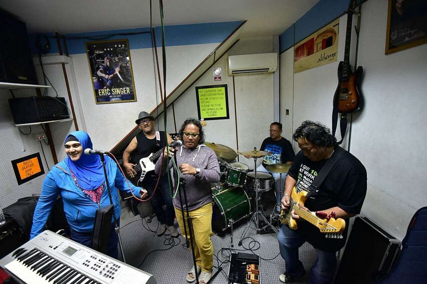 Vibes, a band of part-time musicians, have been jamming at Wee Lee for more than two decades.