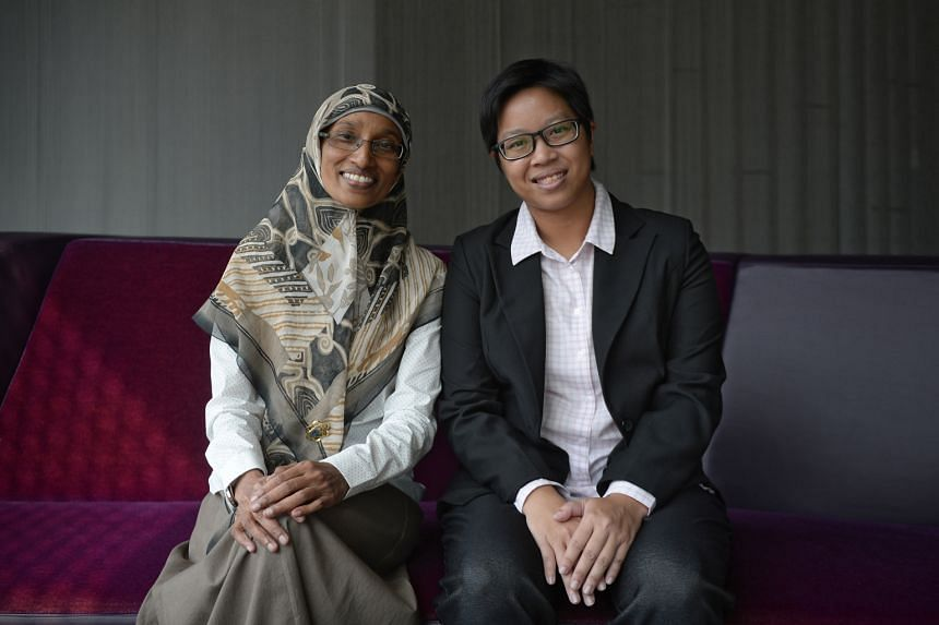 Caring Teacher Award winners Noor Haida (left) from Chongzheng Primary and Lee Han from Christ Church Secondary are among the four teachers honoured. The biennial awards are co-organised by the National Institute of Education and ExxonMobil Asia Paci