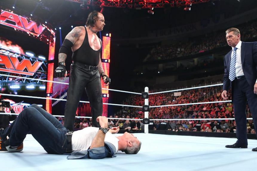 Undertaker will face Shane McMahon in a Hell in a Cell match at Wrestlemania 32 in Texas.