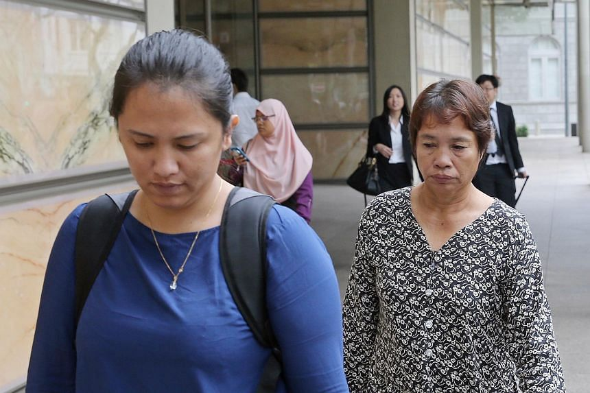 Kho's mother (right) Lenduk Baling and sister Jumai leaving the Supreme Court after his death sentence appeal was turned down.