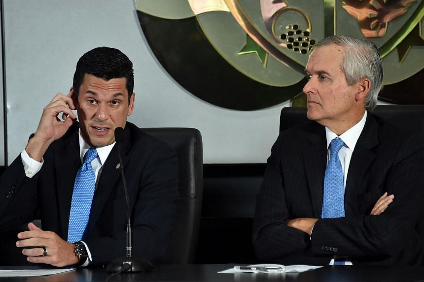 Panama's Minister of the Presidency Alvaro Aleman (right) and Deputy Foreign Minister Luis Miguel Hincapie at a press conference on April 5.