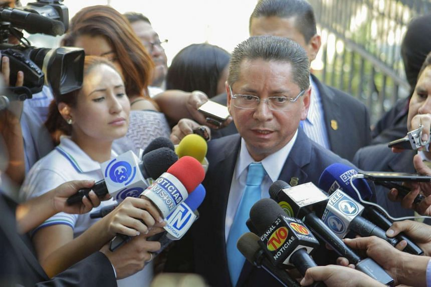 Salvadoran General Prosecutor Douglas Melendez makes a statement during an investigation into the San Salvador office of Panamanian law firm Mossack Fonseca.