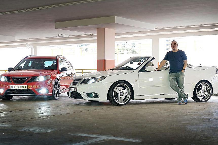 Civil engineer Dennis Leu with his red 9-3 Aero station wagon and white 9-3 Aero convertible.