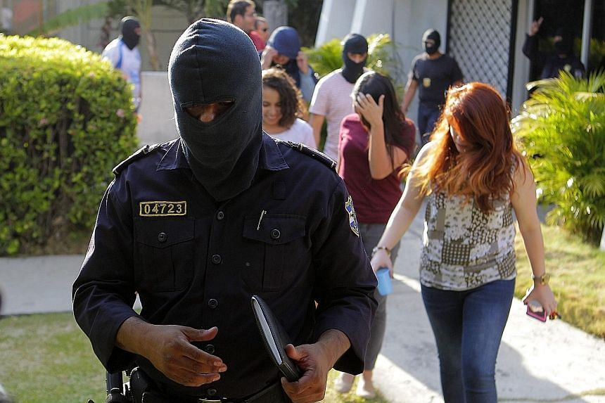 Police on Friday raided the El Salvador offices of the Panama-based law firm Mossack Fonseca, which is at the heart of the Panama Papers leak. El Salvador has announced a probe into whether the Salvadoreans identified in the Panama Papers reports had