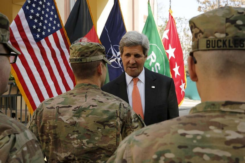 US Secretary of State John Kerry meets US military personnel in Kabul, April 9, 2016.