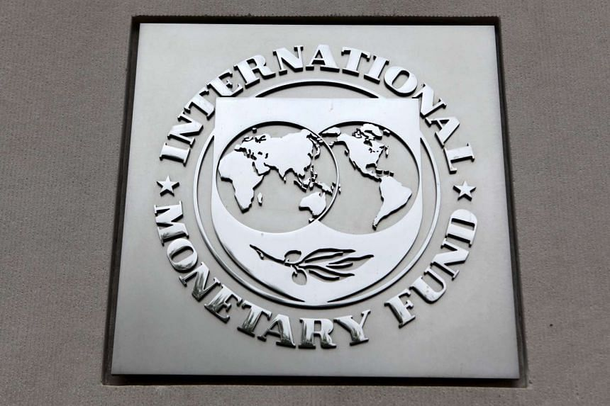 Risks to global financial stability are rising as growth slows and commodity prices fall, according to the International Monetary Fund.