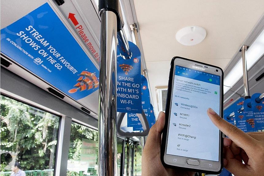 Two buses, part of service 176 that runs between Bukit Merah and Bukit Panjang, will allow commuters to access the Wireless@SG network.