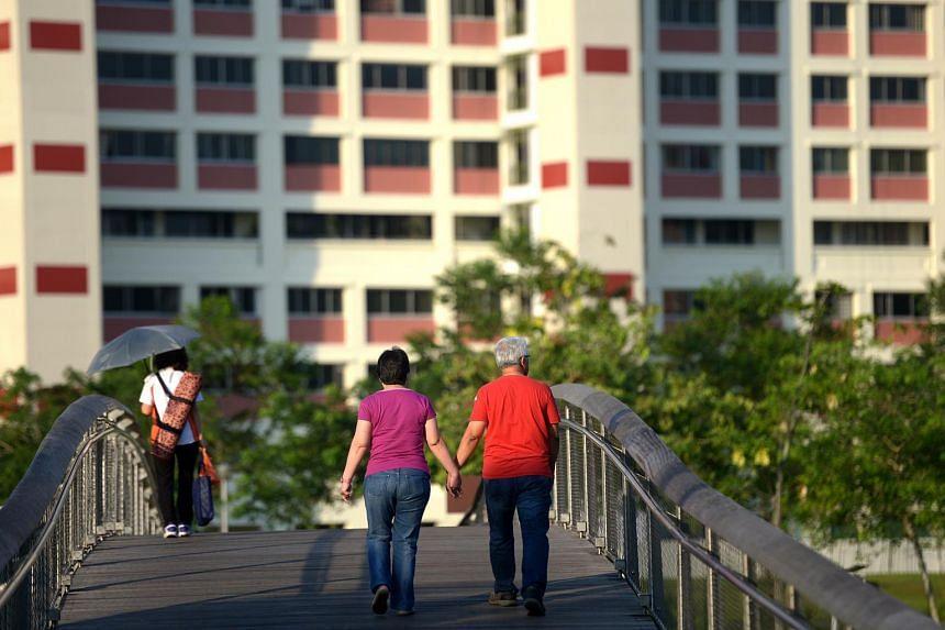 People walking at Bishan Park.