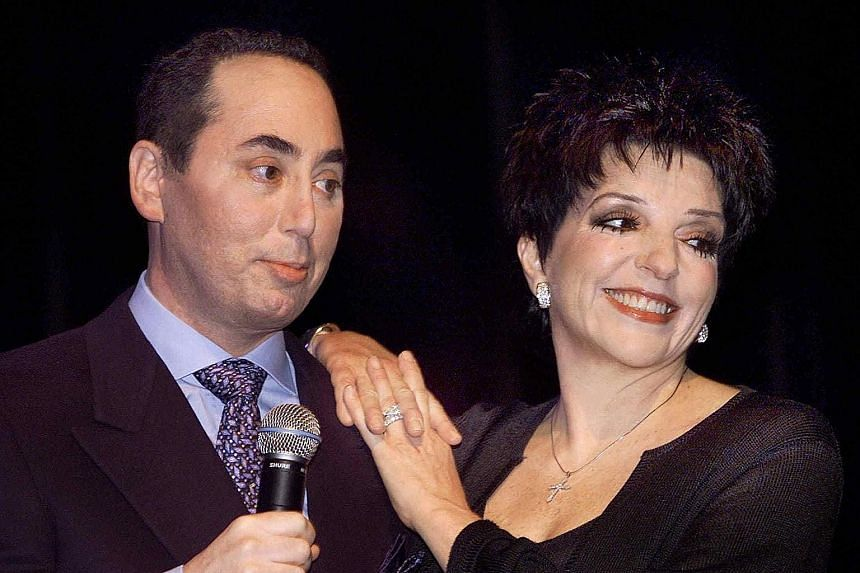 Actress Liza Minnelli with former husband David Gest at a Beverly Hills event in 2002.