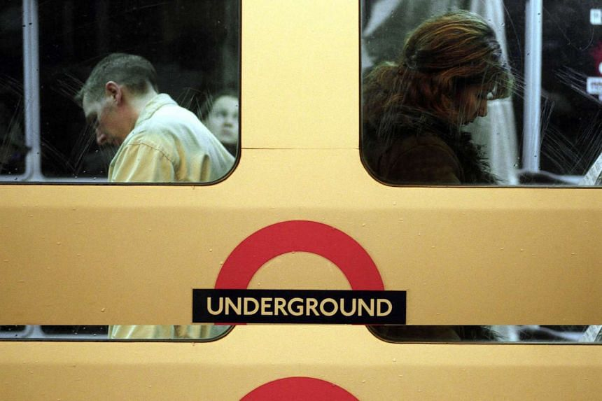 "Phil Sayer, 62, who recorded the ""Mind the gap"" warnings heard onboard London's Underground trains has died."