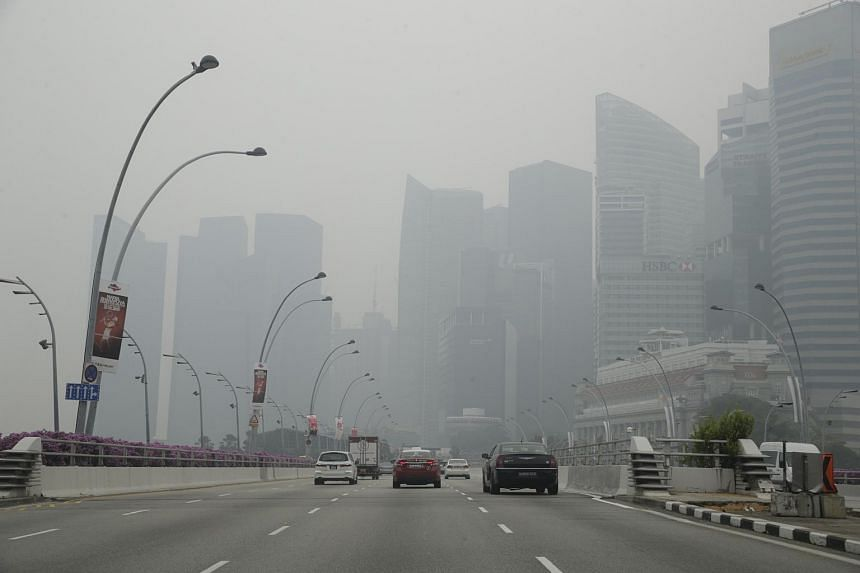 The skyline shrouded in haze on Oct 23, 2015, when the 3-hr PSI was 217.