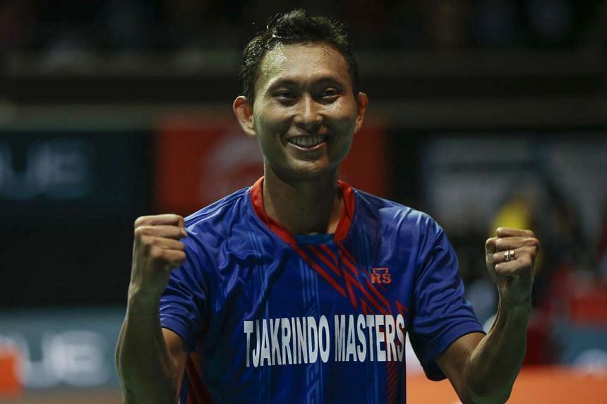 Sony Dwi Kuncoro celebrating after beating Lin Dan in the OUE Singapore Open.