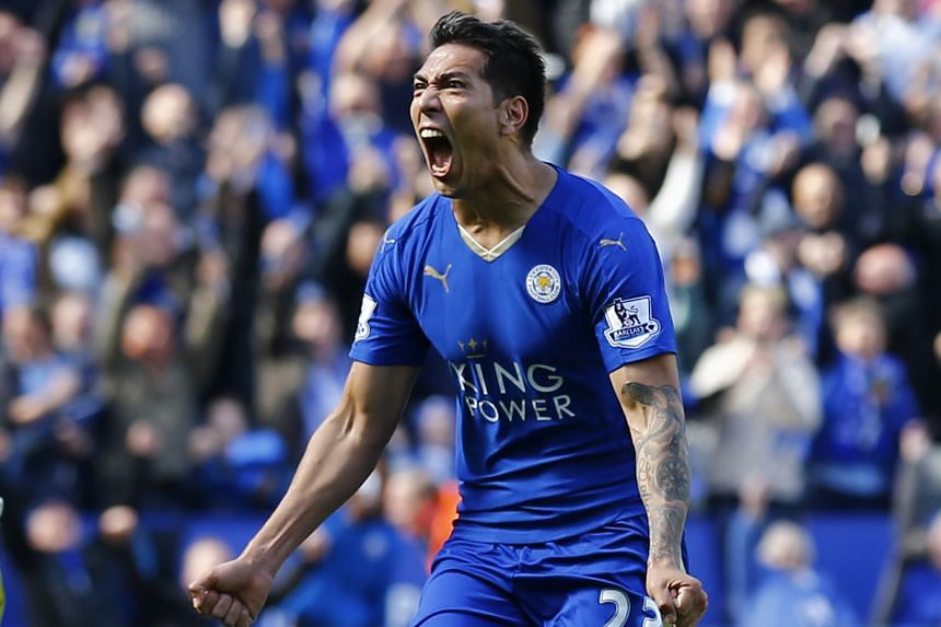 Leicester City's Leonardo Ulloa celebrating after scoring his team's second goal during the EPL match against West Ham on April 17, 2016.