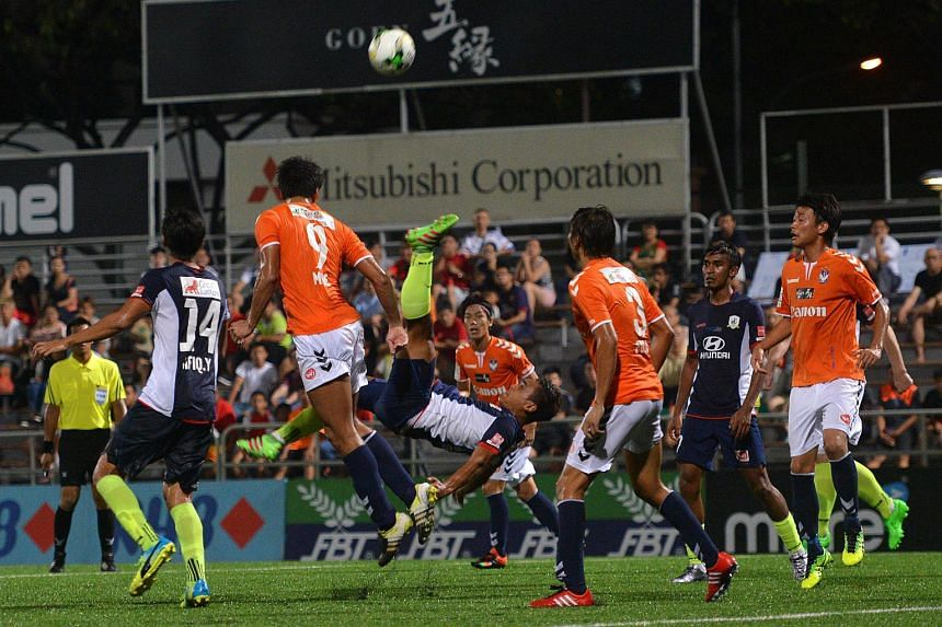 Tampines Rovers' unbeaten run in the S-League was finally halted after seven games with a 0-1 loss to Albirex Niigata.