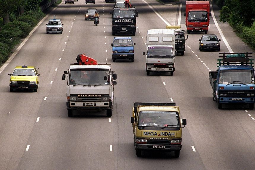 The number of fatal accidents in Singapore involving heavy vehicles fell last year but there was an increase in non-fatal accidents and cases of traffic violations.