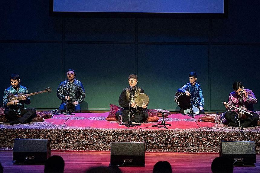Azeri legend Alim Qasimov (centre, accompanied by his fellow musicians) sang six mughams with great power.
