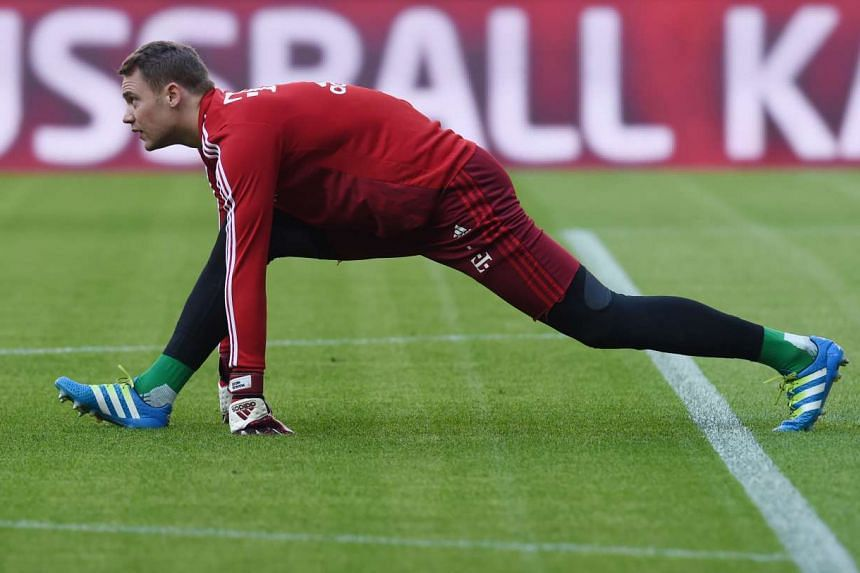 Bayern Munich has extended the contract of Germany's world-class goalkeeper Manuel Neuer until 2021.