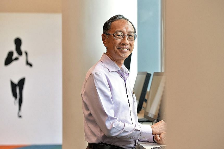 Singapore Swimming Association president Lee Kok Choy was elected to office two years ago, by a margin of only a single vote.