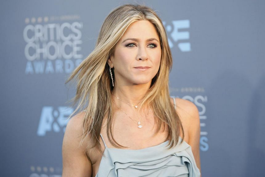 Actress Jennifer Aniston arrives at the 21st Annual Critics' Choice Awards in Santa Monica, California on Jan 17, 2016.