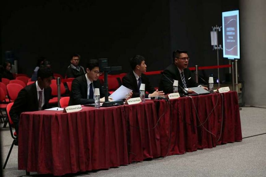 A group of four SMU law students called for the Council of Presidential Advisers (CPA) to be restructured.