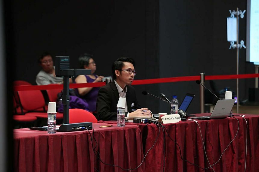 Lawyer Ronald Wong at the Constitutional Commission hearing.