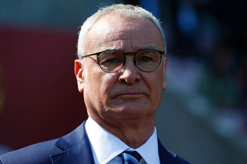 Leicester City's Italian manager Claudio Ranieri watching his players warm up ahead of the English Premier League football match between Sunderland and Leicester City in Sunderland, north-east England, on April 10, 2016.