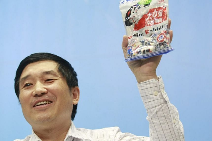 Weng Mao, 67, was the chairman of the Guan Sheng Yuan Group, famous for its White Rabbit milk candy.