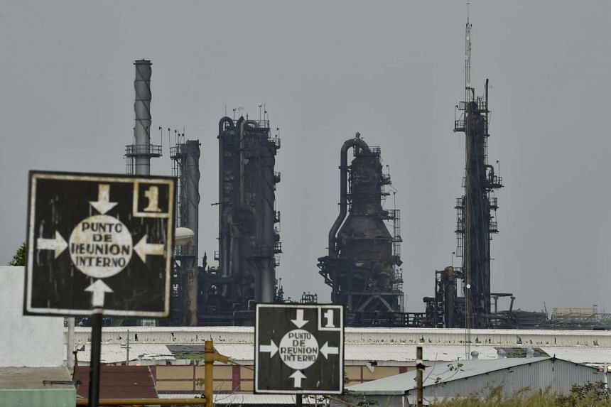 The death toll for the explosion at Pemex's Pajaritos petrochemical plant has risen to 32.
