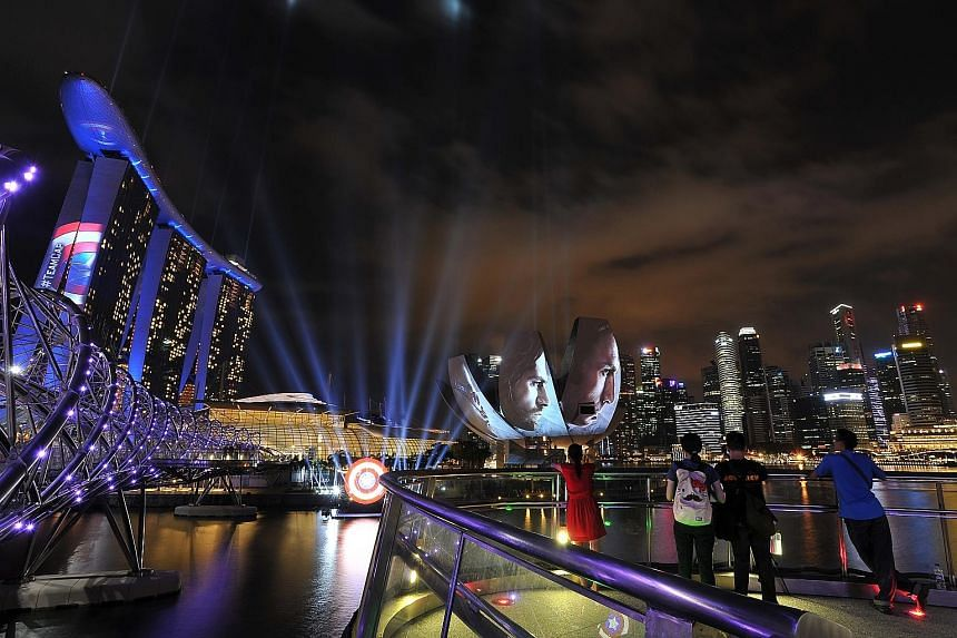 Marina Bay Sands is in Captain America's camp with last Friday's six-minute-long lights and fireworks show.
