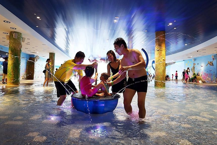 For families with children, there is an indoor water playground, a pre-school, gymnastics school and other enrichment activities. Visitors also have various dining options.