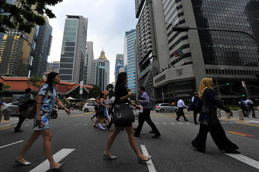 Overall unemployment held steady in the first three months of this year, while the unemployment rate for Singaporeans and PRs improved.