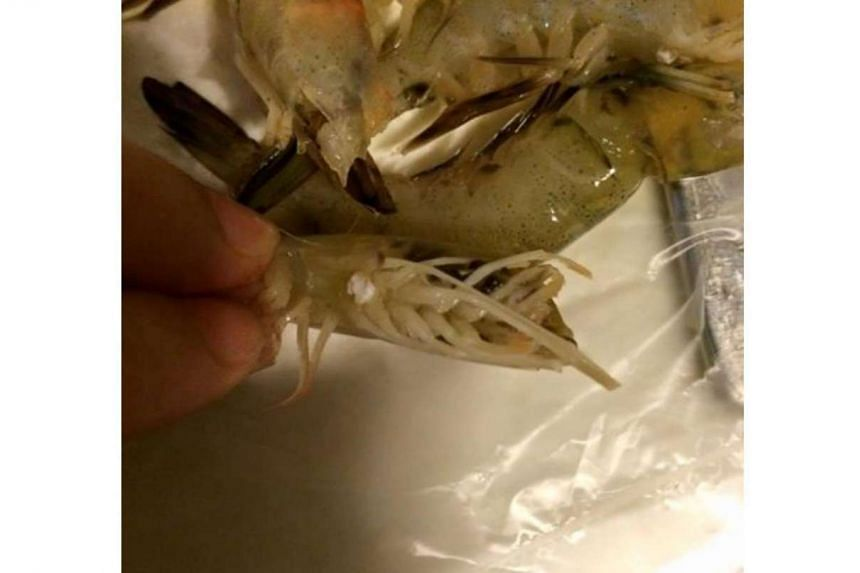 The Agri-Food and Veterinary Authority has clarified that the white spots on the underside of prawns is not due to a viral disease.