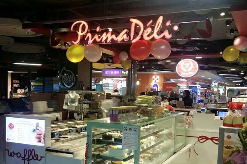 Bakery chain PrimaDeli has apologised, and sacked a staff who allegedly made racist remarks to a candidate during a job interview.