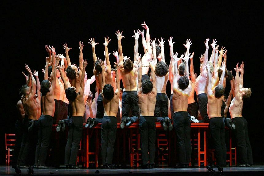 Dancers of the Bejart Ballet Lausanne performing the Bolero in Lille in 2004.