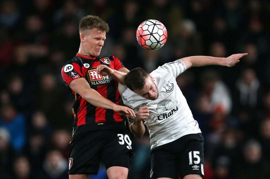 Everton's Tom Cleverley (right) and Bournemouth's Matt Ritchie.