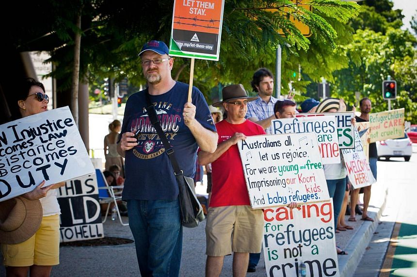 Pro-refugee activists keeping vigil outside the Mater Hospital in Brisbane on Feb 21, 2016.