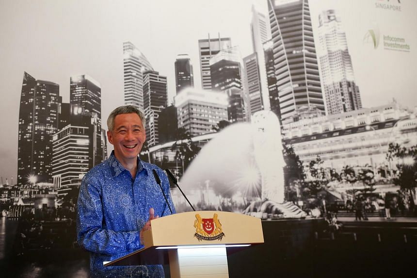 Prime Minister Lee Hsien Loong speaking at the launch of the Founders Forum Smart Nation Singapore on April 20, 2015.