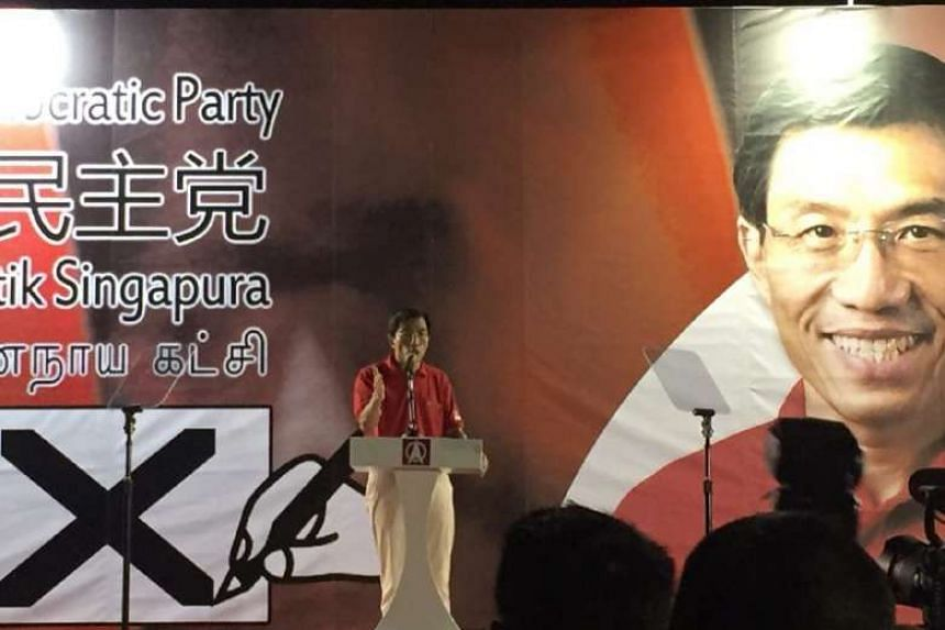Dr Chee Soon Juan speaking at the SDP rally on April 29, 2016.