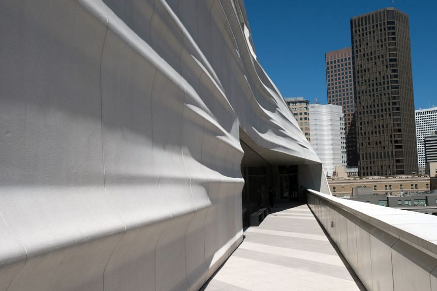 The wavy white facade (above) represents the waves in San Francisco Bay and the city's iconic fog banks.