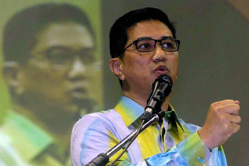 Mr Azmin Ali, vice-president of Parti Keadilan Rakyat (PKR), said he was barred entry to Sarawak, and was ordered back to mainland Malaysia.