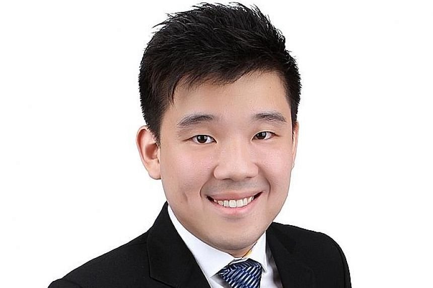 OCBC economist Mr Gan expects gold prices to slip back to US$1,100 an ounce by the end of the year. GoldSilver Central's Mr Lan recommends that 5 to 10 per cent of a portfolio be made up of physical precious metals, including gold. Mr Gordon of UBS W