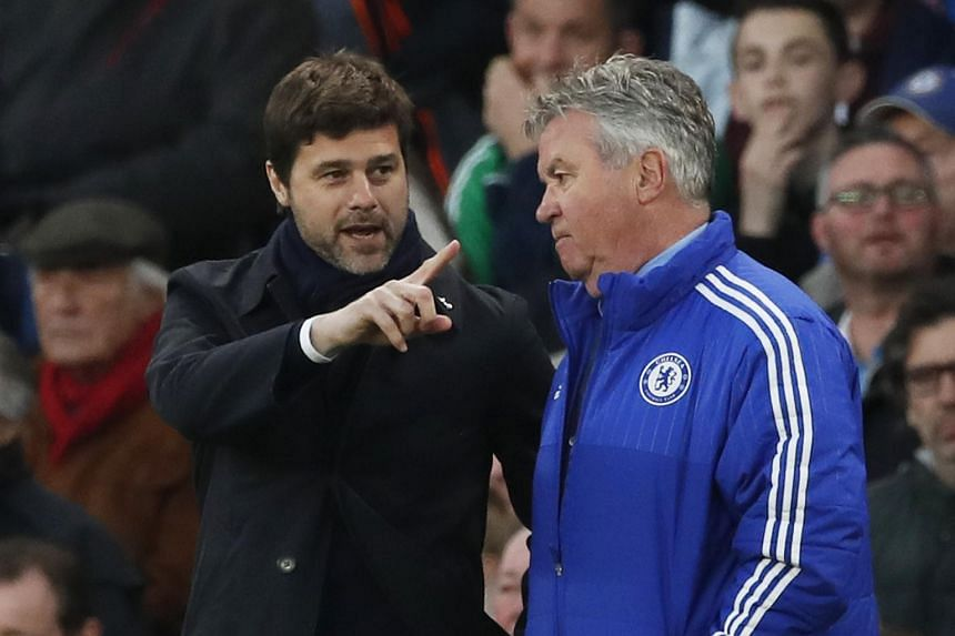 Tottenham manager Mauricio Pochettino with Chelsea manager Guus Hiddink.