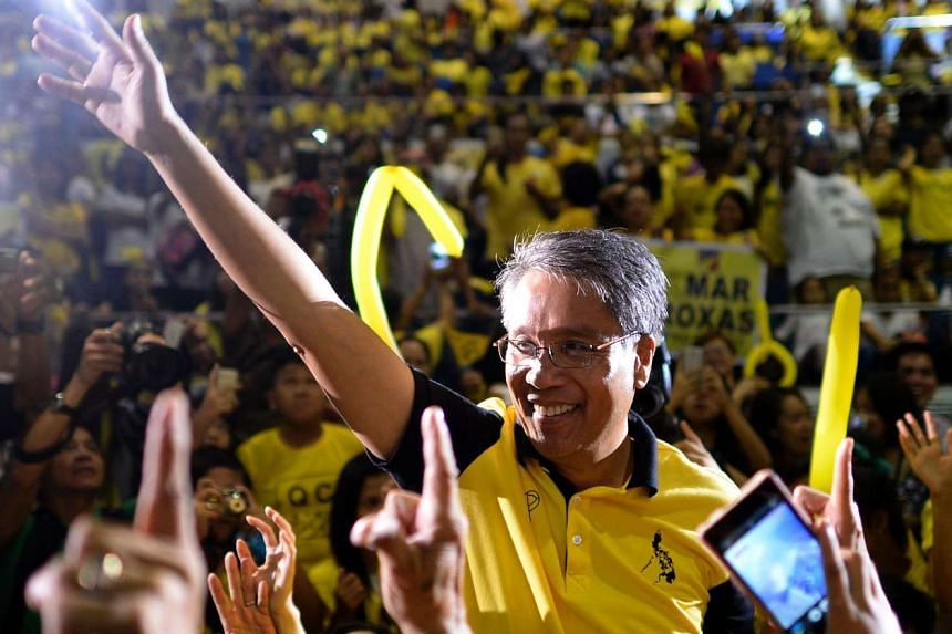 Mr Aquino's call for the trailing presidential candidates, including Mr Roxas (above), his preferred choice, to join forces to prevent Mr Duterte from winning the presidency fizzled out.