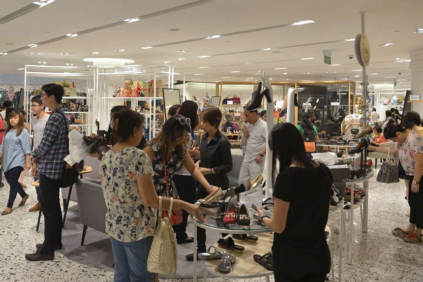 Shoppers at The Heeren in Orchard Road, on Nov 28, 2014.