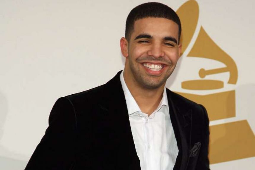 Drake arriving at the Grammy Nominations Concert in Los Angeles on Dec 2, 2009.