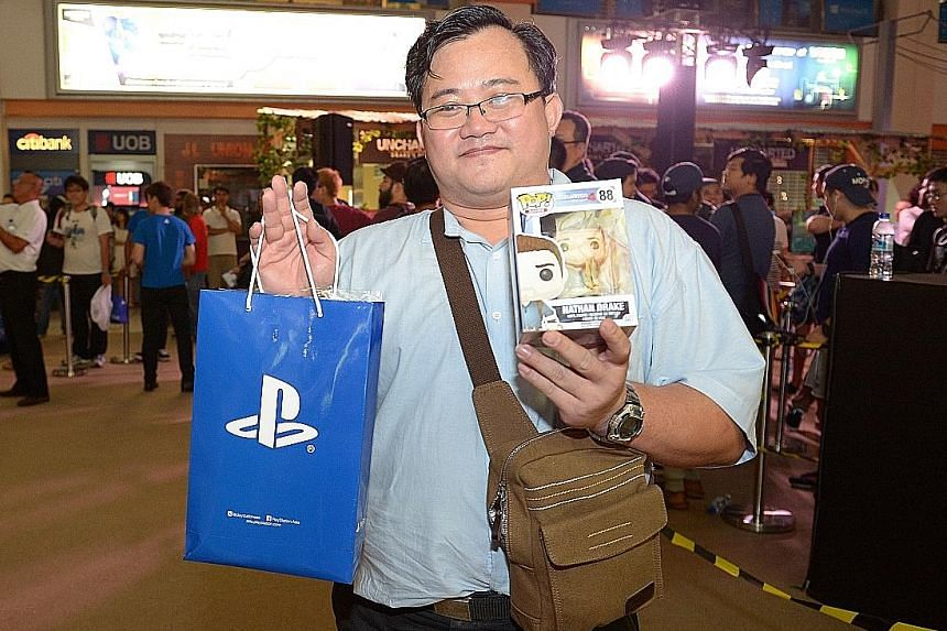 A countdown in more ways than one. As gaming enthusiasts count down to the launch of Uncharted 4 on Monday night, Funan DigitaLife Mall is also counting down to when its shutters fall for the last time in July. Freelance writer Darren Chew, 38 (left)