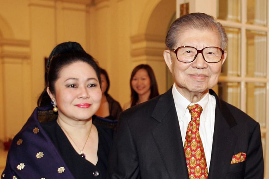 Mr Lee with his wife Della. Mr Lee took over the chairmanship of the Lee Foundation in 1965, which had been set up by his father, philanthropist Lee Kong Chian, in 1952.