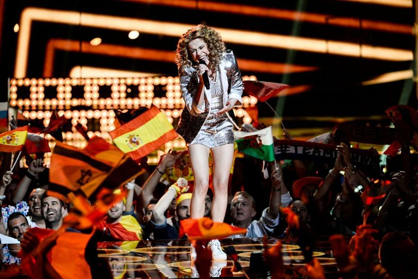 Laura Tesoro representing Belgium performs with the song What's The Pressure.